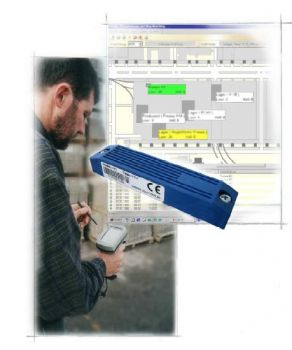 Person usinf mobile RFID asset tracking application